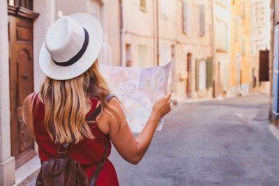 Las ciudades entre dos viajes.